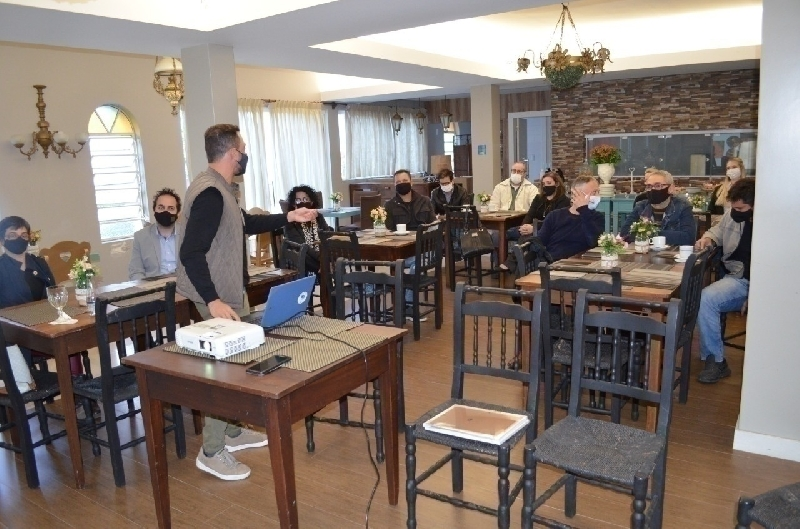 Festival Gastronômico: palestra Origem SC reúne donos de restaurantes